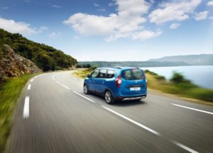 Dacia Lodgy deverá ser substituído por SUV híbrido de 7 lugares thumbnail