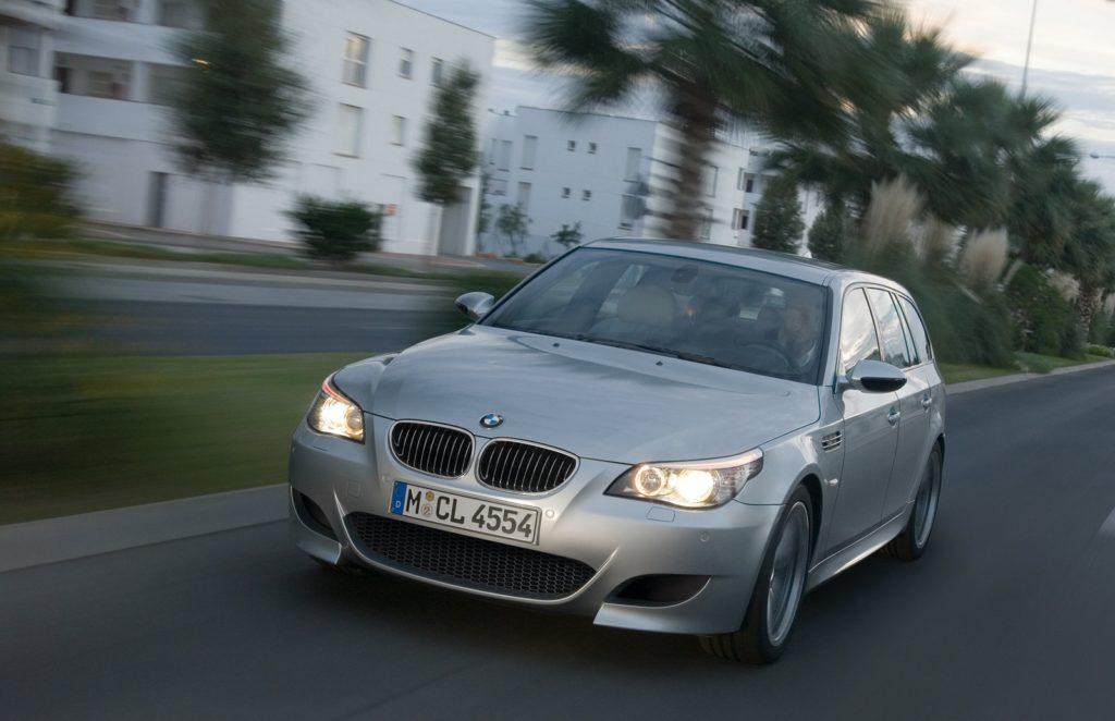 BMW-M5_Touring-2008-1600-06