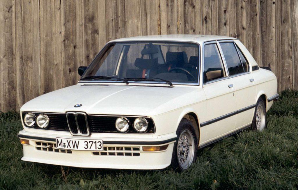 BMW-M_535i-1980-1600-01
