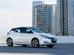 Nissan Leaf vai tornar-se num crossover thumbnail
