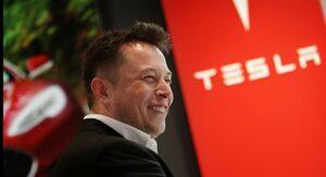 Tesla tem lucro recorde superior a mil milhões de dólares no segundo trimestre thumbnail