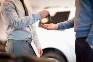 Portugueses mais recetivos à compra de carros usados. Canais online ganham importância thumbnail