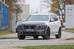 BMW dá início à fase de testes de estrada do renovado X7 thumbnail