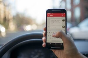 Multas por utilização de telemóvel na condução vão aumentar thumbnail
