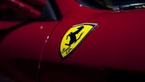 """Ferrari vê fim dos carros a combustão como oportunidade para criar """"produtos ainda mais distintos"""" thumbnail"""