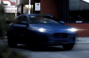 Protótipo de testes do Maserati Grecale teve um encontro com um poste thumbnail