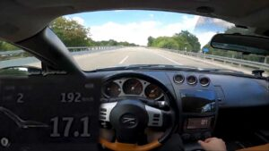 "Nissan 350Z ""a fundo"" na autobahn mostra que velhos são os trapos thumbnail"