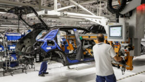 Produção automóvel em Portugal em crescimento face a 2020, mas continua inferior a valores pré-pandemia thumbnail