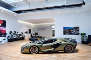 Lamborghini cria espaço VIP que só se visita com convite thumbnail