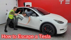 Saiba como escapar do interior de um Tesla em caso de emergência thumbnail