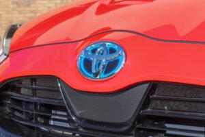 Toyota acredita que ainda é cedo para focar-se apenas em carros elétricos thumbnail