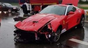 Raro Ferrari 599 GTB 60F1 Alonso Edition fica neste estado após acidente thumbnail