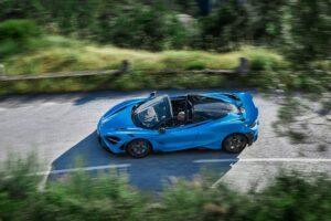 """McLaren 765LT Spider, a edição limitada a """"céu aberto"""" com 765 cv thumbnail"""