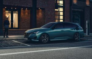 Peugeot dá início ao período de encomendas da nova Peugeot 308 SW thumbnail