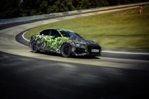 Novo Audi RS 3 Sedan é o novo recordista de Nürburgring thumbnail