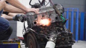 Russos convertem motor Diesel em solução a gasolina thumbnail
