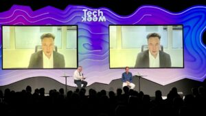 Elon Musk acredita que escassez de semicondutores deverá terminar já em 2022 thumbnail