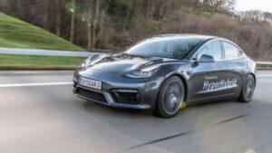 Empresa austríaca está a desenvolver conversão de carros elétricos em híbridos. Tesla Model 3 já está em fase de testes thumbnail